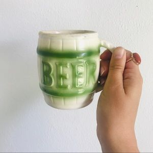 "Vintage 70s ""beer"" coffee mug with hidden frog"